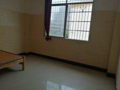 1室1厅1卫15m²