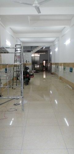 龙居 50米 2室2厅2卫精装修  还有一楼门面招租