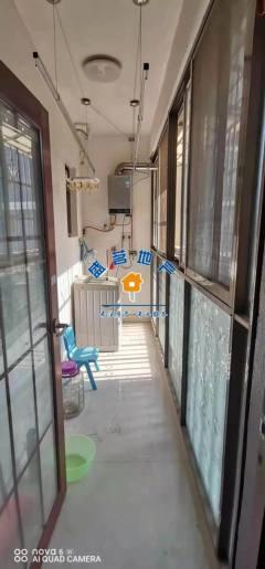 (赠送红木家具)龙江华府3室2厅2卫137m²简单装修