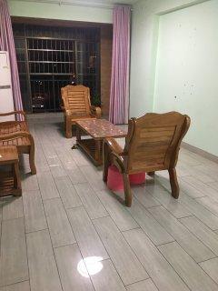 中环商业广场两房一厅招租
